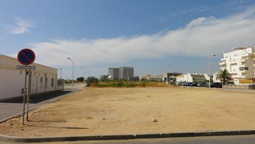 Quarteira Deserted Place