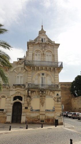 Faro, Center
