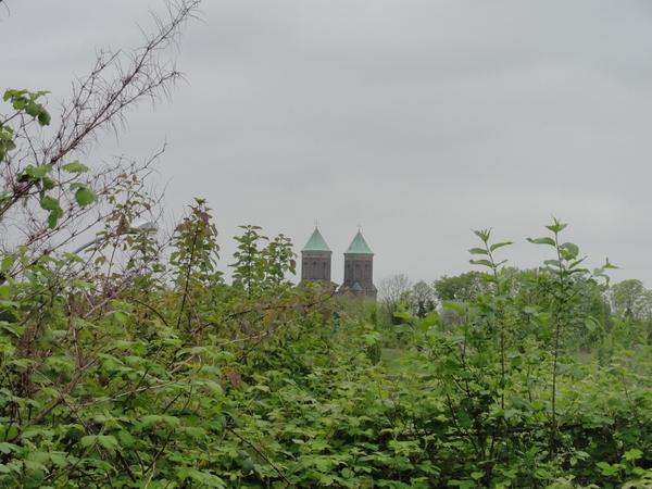 Essen, Krupp-Park, Kirche am Horizont