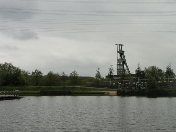 Essen, Krupp-Park, Teich und Schacht Amalie
