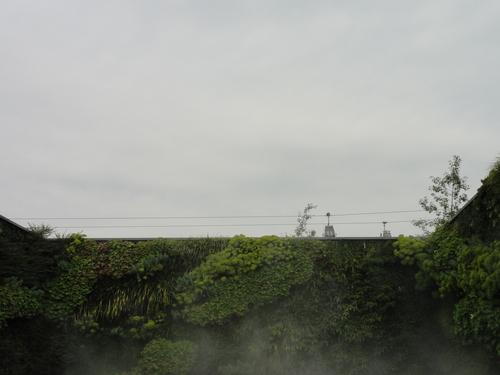 IGA, Seilbahn (von Wassergartenmauer aus)