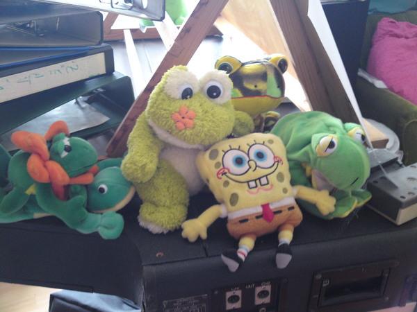 Sponge Bob among Froggies